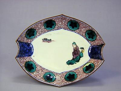色絵鳥人物文変形皿
