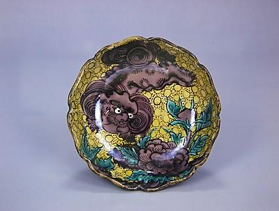 牡丹に獅子図膾皿