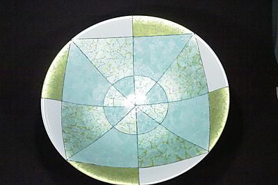 釉裏金彩耀変絞大皿
