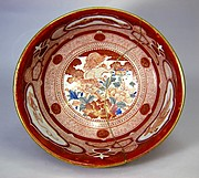 八郎手赤絵牡丹獅子図深鉢